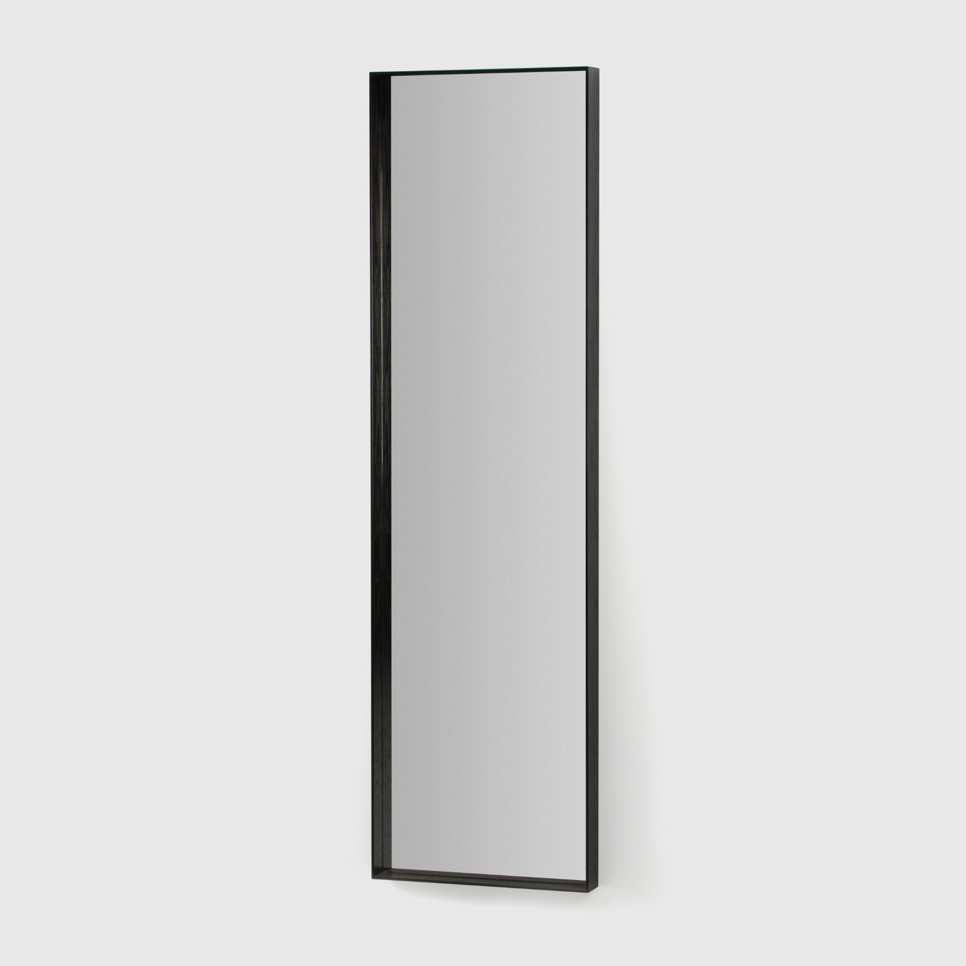 Spegel_7_svart
